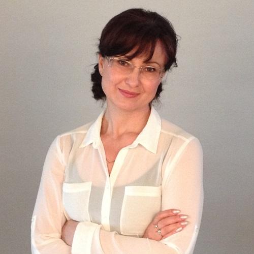 Оксана Головатая